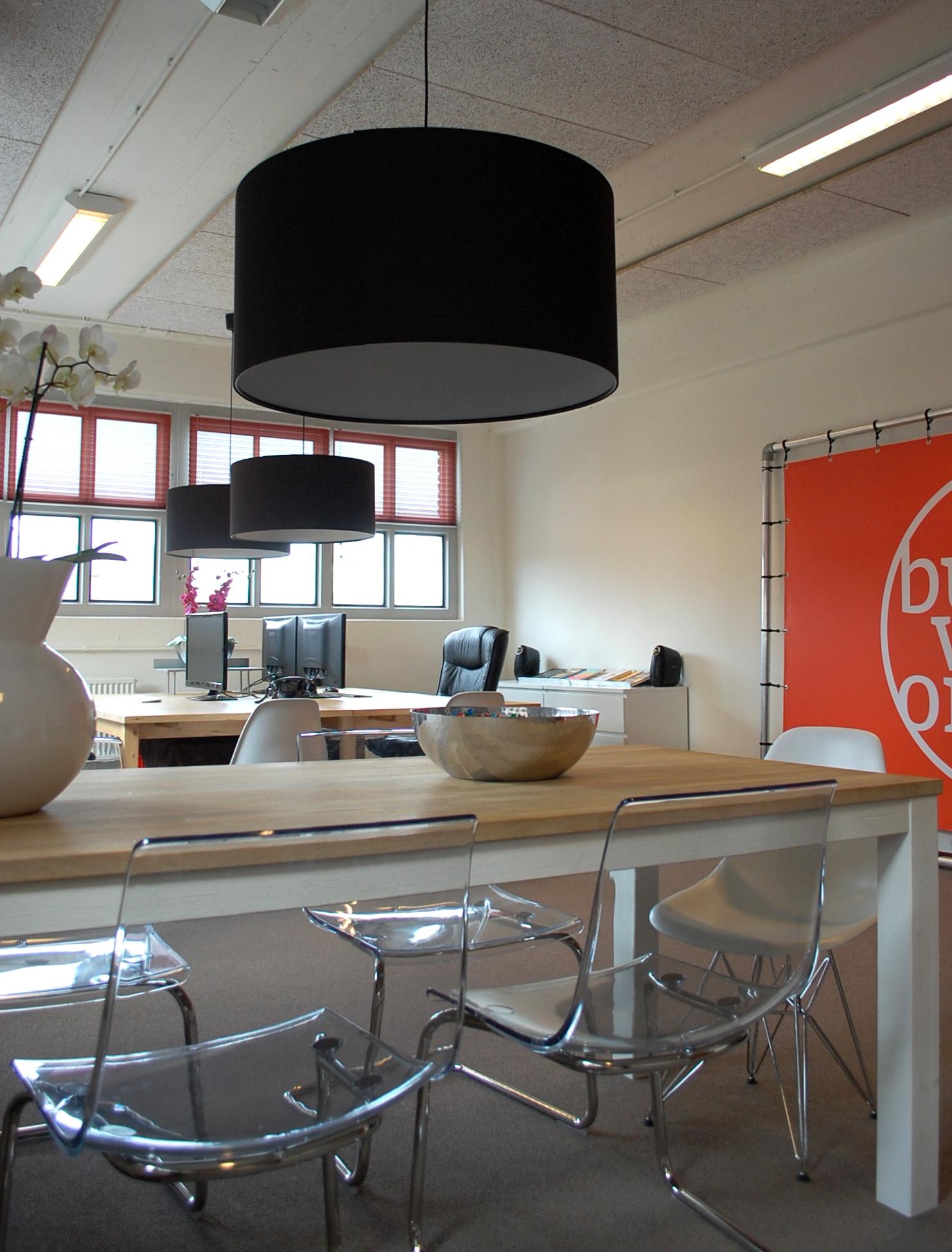 Creatief kantoor in industrieel pand   maison belle