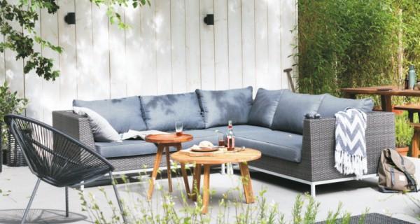 Loungebank tuin karwei halve parasol for Praxis tuinmeubelen