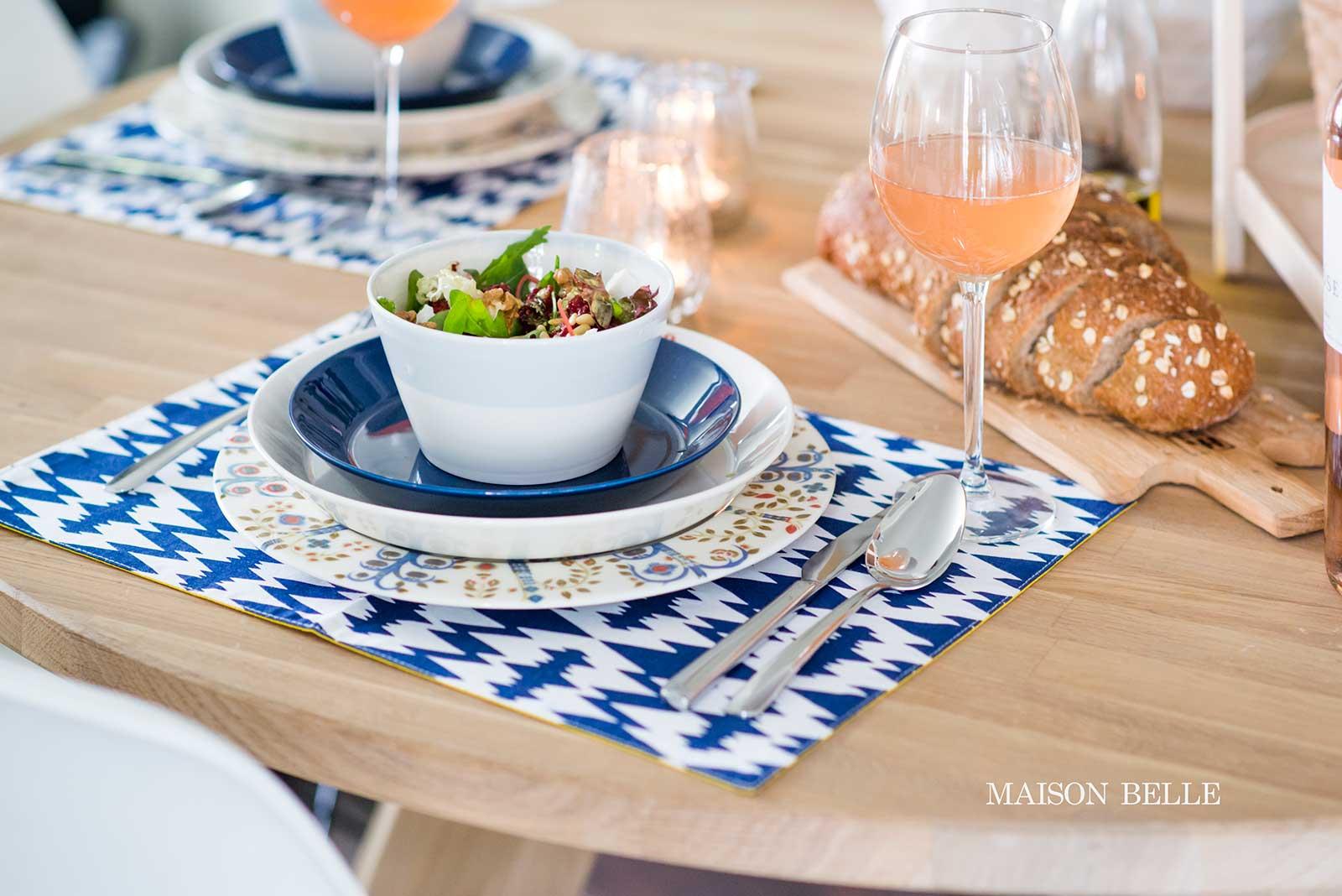 tafel dekken wit blauw